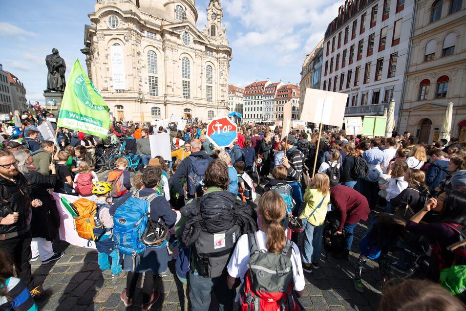 Am Freitag demonstriert die Klimabewegung Fridays for Future in der Dresdner Innenstadt. Auch die Frauenkirche wird zu hören sein.