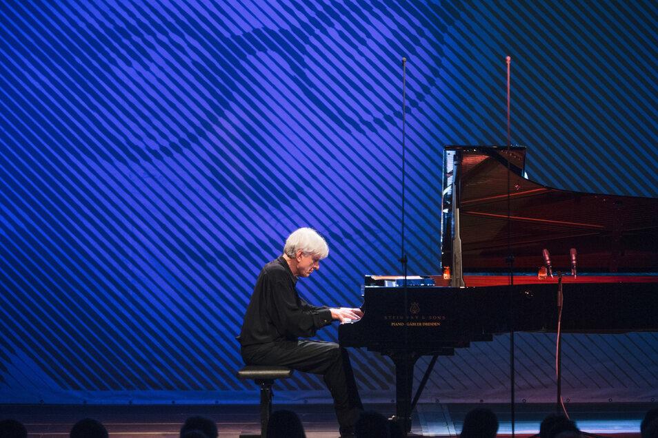Ein Bild aus besseren Tagen. Der Pianist Peter Rösel bei den Internationalen Schostakowitsch-Tagen 2016.