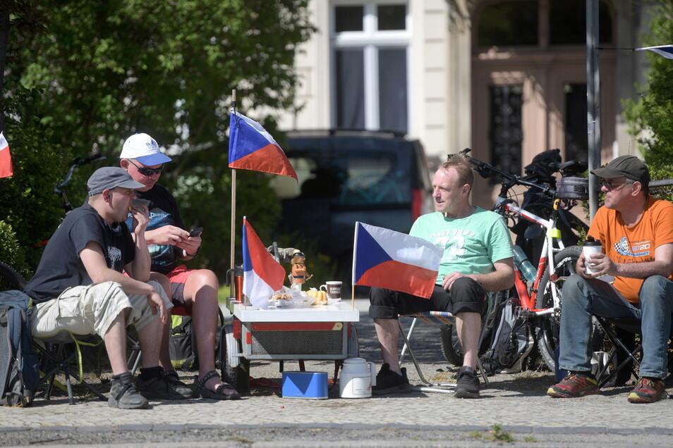 Diese Zittauer an der Theodor-Körner-Allee wollen bald ihre tschechischen Freunde wieder treffen.