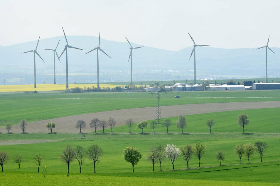 Drei der acht Windräder auf Eckartsberger Flur sollen vergrößert werden. Sie sind dann gut 230 Meter hoch.