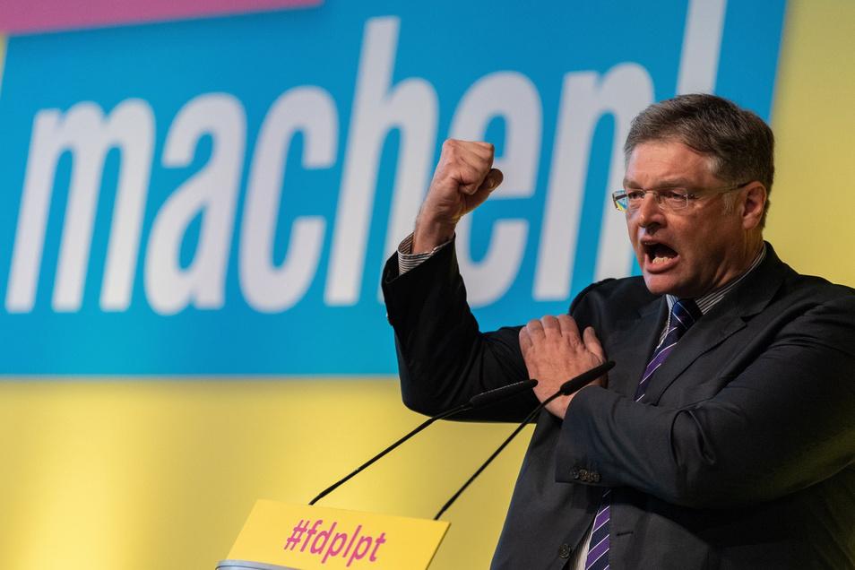 Holger Zastrow während seiner Rede auf dem Landesparteitag der FDP im Internationalen Congress Center Dresden am 6. April 2019.