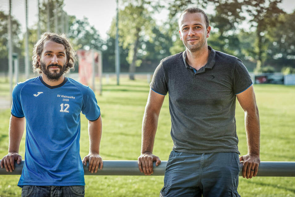 Rico Glaser und Mathias Herrmann vom SV Kleinwelka fühlen sich hintergangen: Als ein Vereinsmitglied den Sportplatz für eine private Feier mietete, wussten sie nicht, dass es sich um eine Veranstaltung mit rechtsextremer Musik handeln würde.