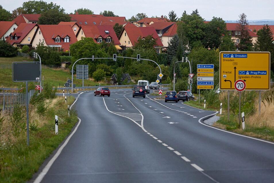 Hier beginnt demnächst die Umleitung aus Richtung Dipps zu den Einkaufsmärkten in Bannewitz, die über die Horken- und Schachtstraße führt.