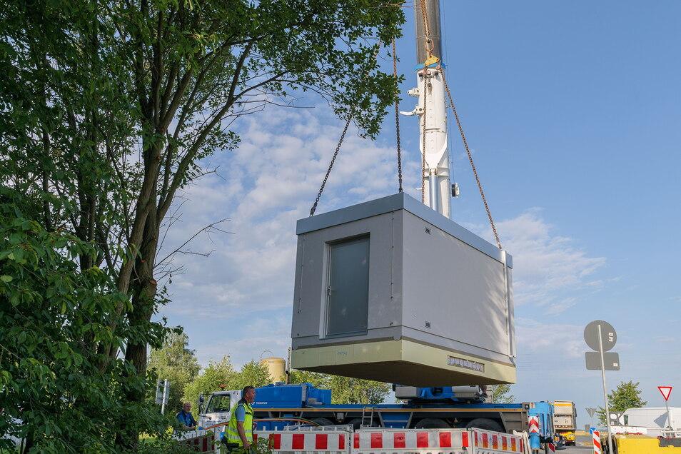 Für das Glasfasernetz in der Gemeinde Klipphausen wird ein Hauptverteiler in Röhrsdorf am Gewerbegebiet aufgestellt.