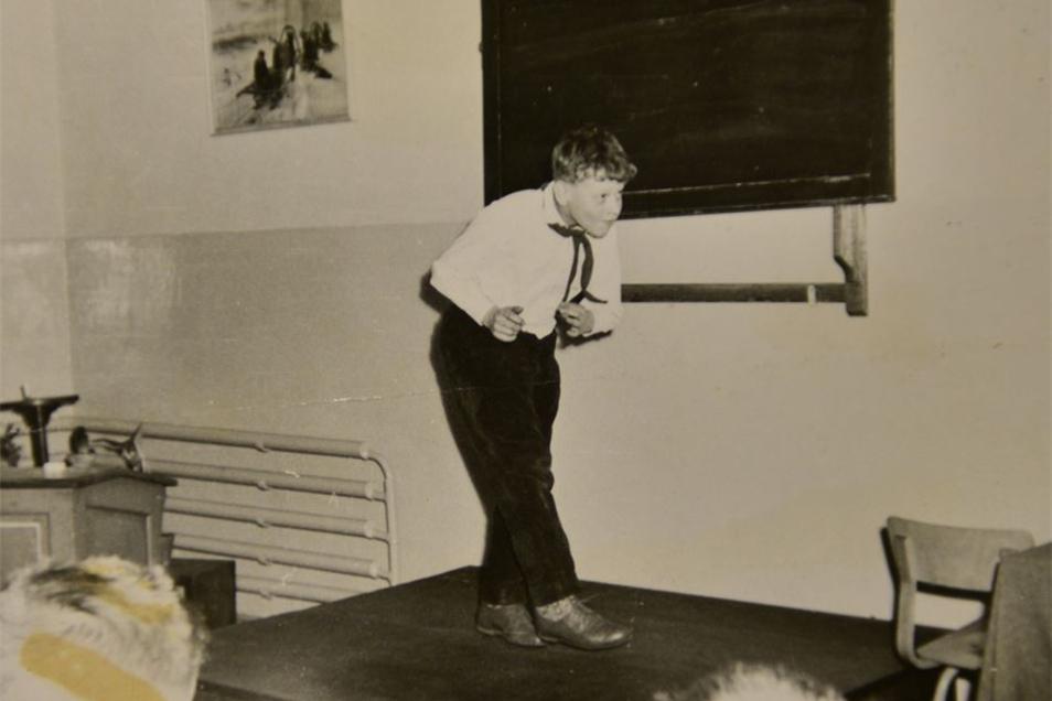 Auf dem Lehrerpult spielte Ralf Herzog als 11-Jähriger seiner Klasse vor. Mit 13 nahm er Pantomimeunterricht.