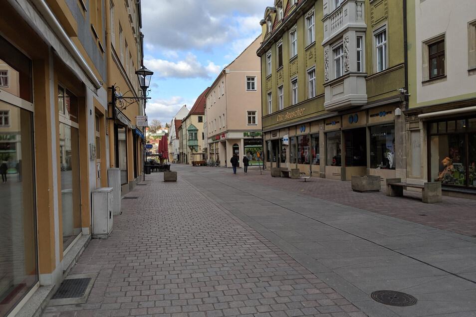 und die Dohnaische Straße in Richtung Elbe waren wie leer gefegt.