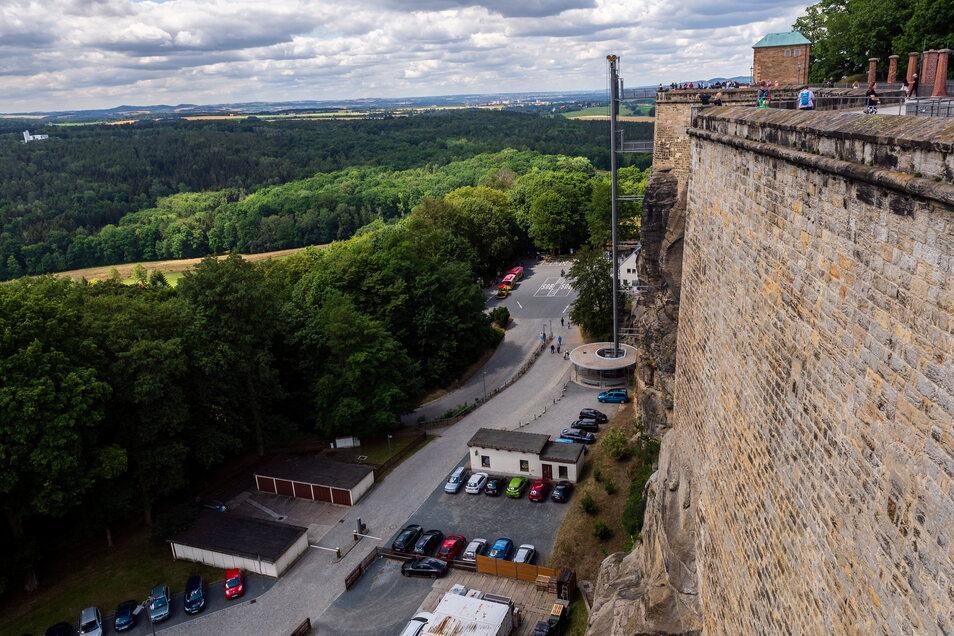 Kassenbereich, Fahrstuhl, Parkplatz: Das Areal auf dem Vorplatz der Festung Königstein wird neu gestaltet.