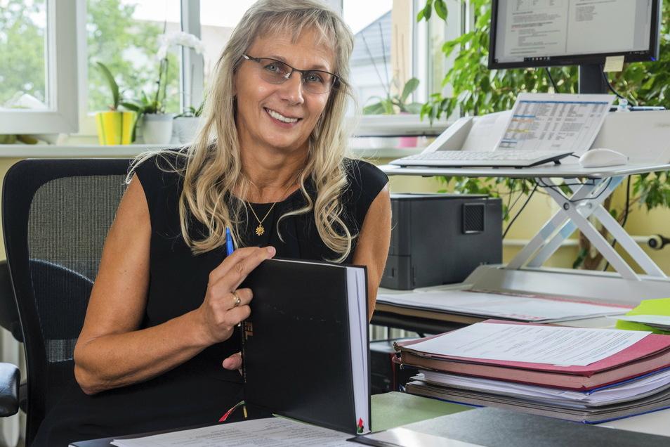 Schulleiterin Silke Zscheile in ihrem Büro im Städtischen Gymnasium (Archivfoto).