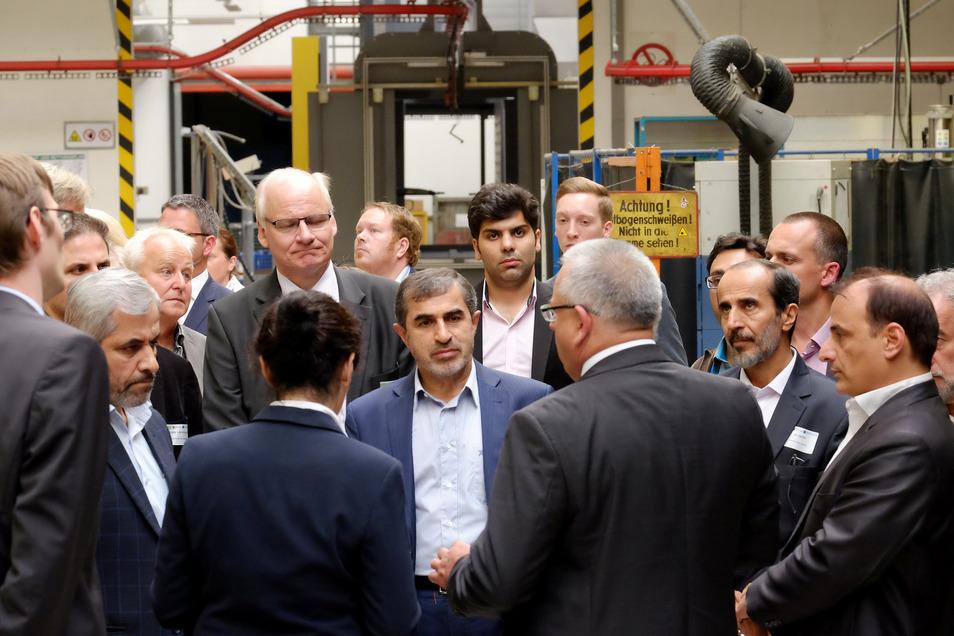 2017 begrüßte die Firma Photon iranische Bahnspezialisten in Meißen. Gemeinsame Geschäfte sind derzeit nicht möglich.