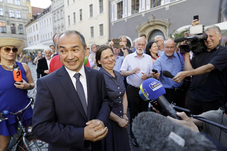 Es ist geschafft: Octavian Ursu am Abend des Wahlerfolgs in Görlitz.