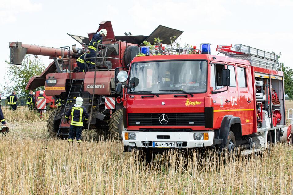 Einen Feuerwehreinsatz gab es am Sonntagmittag auf einem Feld bei Göda.
