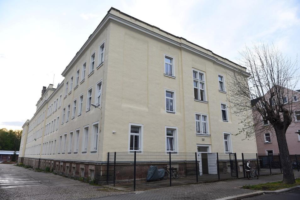 In Unterkünften wie an der Friedrichstraße in Döbeln sind im Landkreis Mittelsachsen derzeit die wenigsten Flüchtlinge und Asylsuchenden untergebracht.