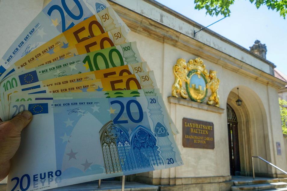 Ab 2023 wird in der Bautzener Kreiskasse Geld fehlen. Für die Bürger soll das aber kaum spürbar werden.