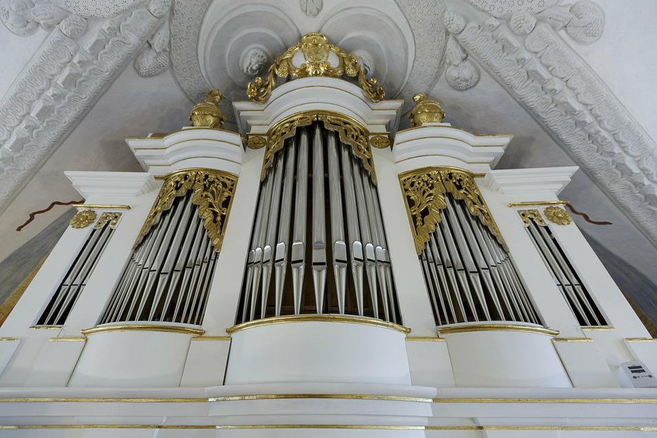 Unikat in Friedersdorf: Die sanierte einzige erhaltene Orgel der Firma Arnold und Augustin.