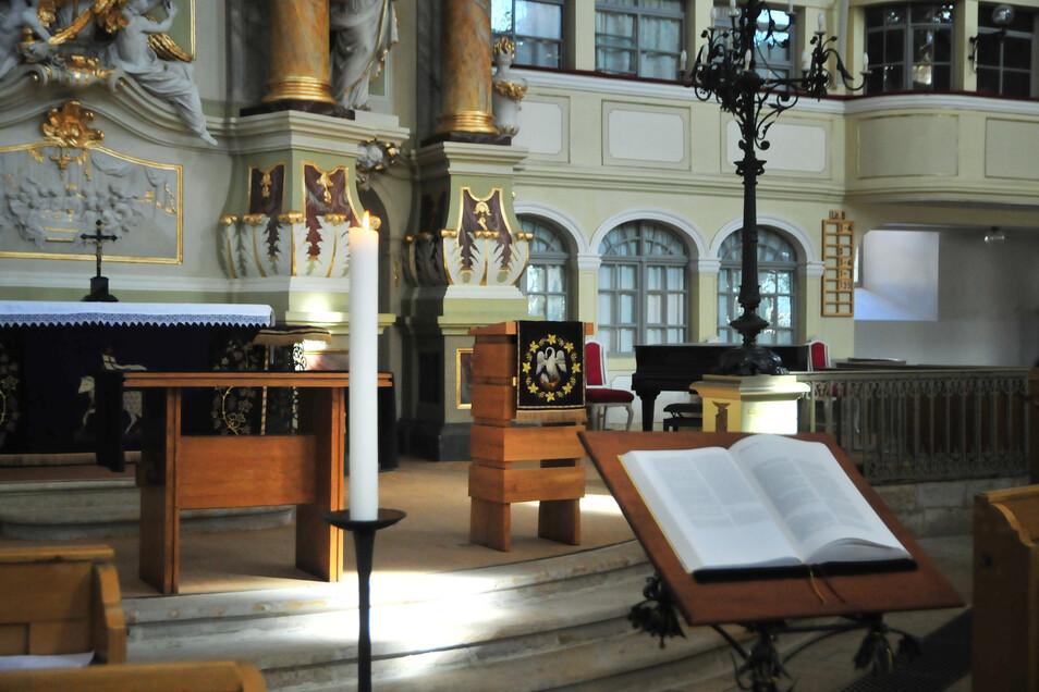 Bisher blieben die Plätze in der Marienkirche Großenhain leer. Ab Sonntag dürfen in ihr wieder Gottesdienste gehalten werden. Allerdings: Nur mit maximal 15 Personen.