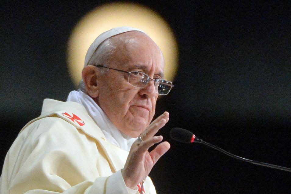 Kardinal Angelo Becciu galt lange als Vertrauter von Papst Franziskus.
