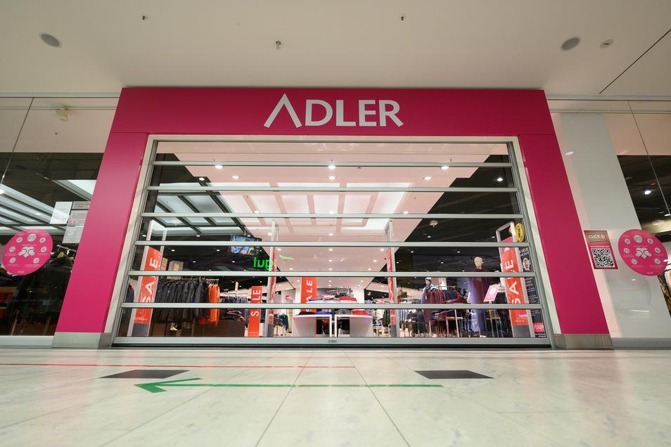 Die Adler Modemärkte AG hat einen Antrag auf Eröffnung eines Insolvenzverfahrens in Eigenverwaltung gestellt.