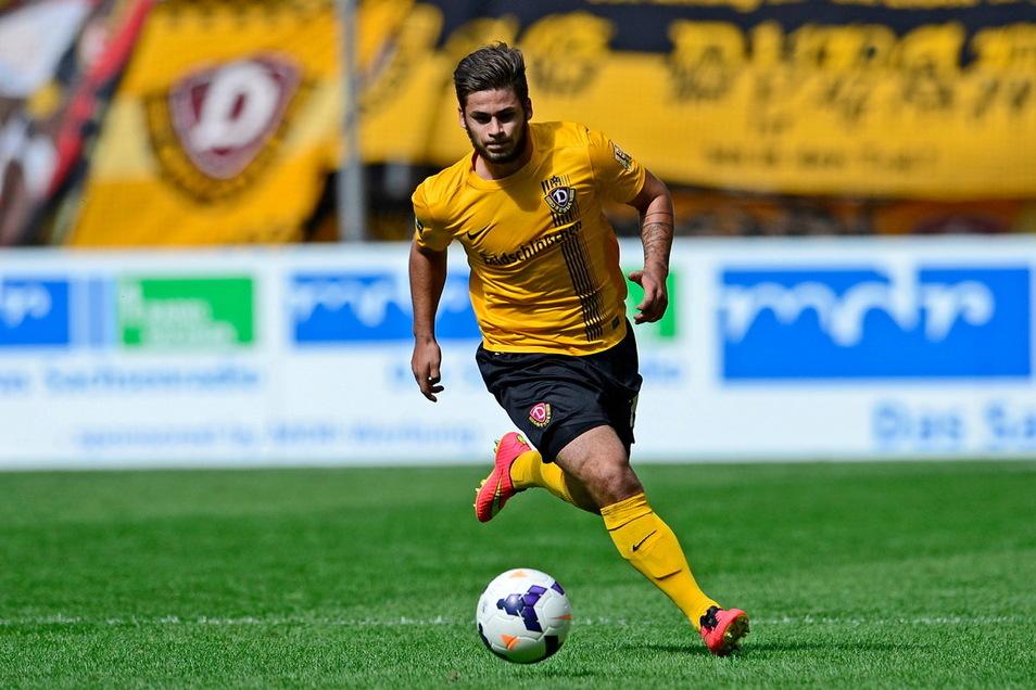 Hier stürmt Dominic Baumann für Dynamo Dresden gegen Preussen Muenster. Im Sommer 2015 ging das schwarz-gelbe Talent nach Nürnberg, zwei Jahre später nach Würzburg. Jetzt geht es nach Zwickau.