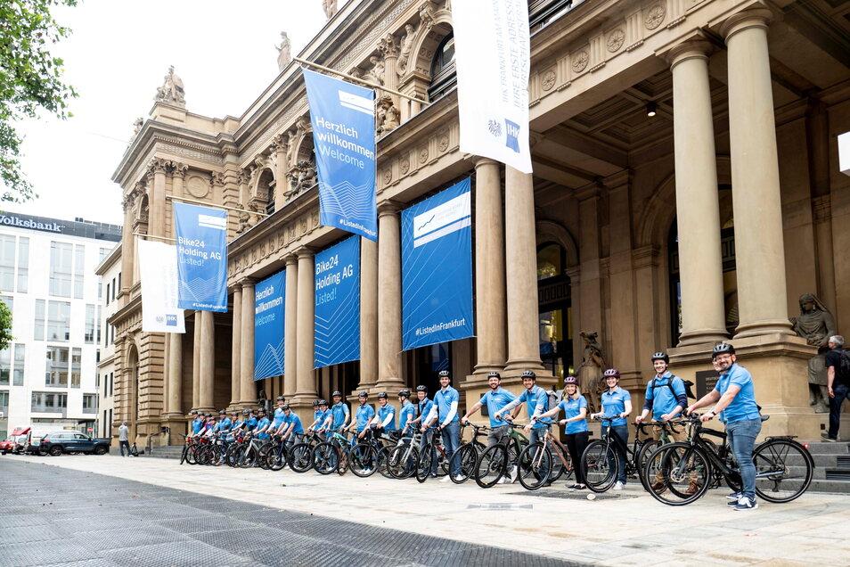 Im Juni ging die Bike24 Holding AG als erster deutscher Fahrradhändler in die Börse. Der Umsatz war zuvor im ersten Quartal 2021 erneut um 75 Prozent gestiegen.