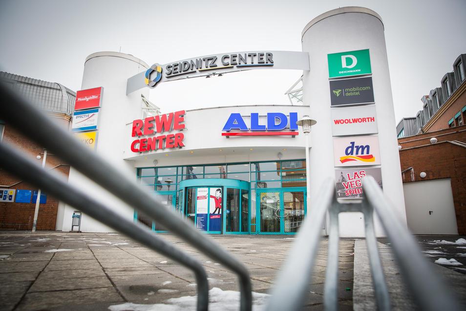 Im Seidnitz-Center an der Enderstraße stehen derzeit zwei Läden leer.