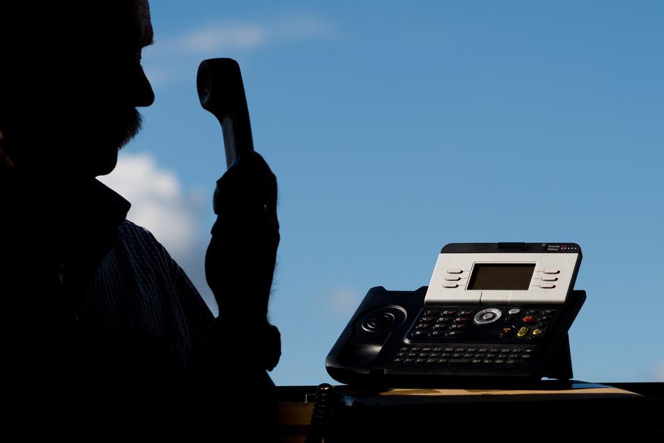 Immer wieder nutzen Kriminelle fingierte Anrufe für ihre Machenschaften.