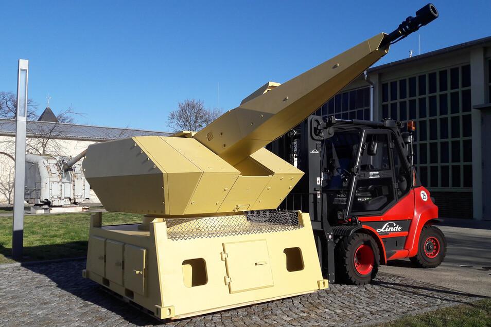 Monströse Feuerkraft: Die Revolverkanone des Mantis-Systems schützt moderne Festungen, zum Beispiel die Feldlager der Bundeswehr.