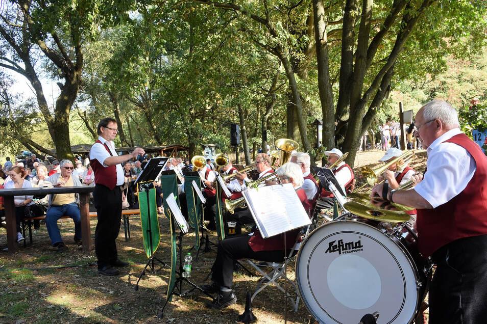 """Zum 750. Geburtstag der Stadt Rothenburg 2018 konnten sich die Besucher über Lieder unter dem Motto """"Sang und Klang am Neißehafen"""" freuen. Diesmalgehen zwei auf Reisen"""