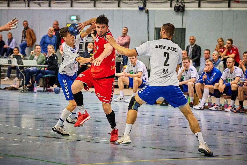 Pirnas Torsten Schneider erzielte gegen Aue sechs Tore. Foto: Marko Förster
