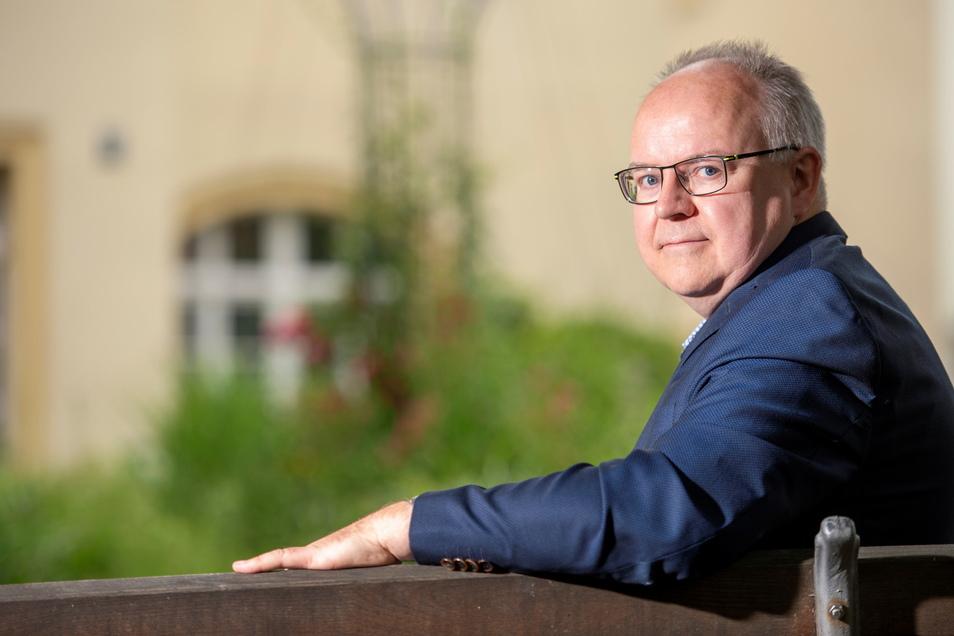 Frank Schöning, Bürgermeister von Kreischa, sieht die Feuerwehren im Kreis auch bei Katastrophen gut aufgestellt. Auf mehr Mitstreiter hofft er trotzdem.