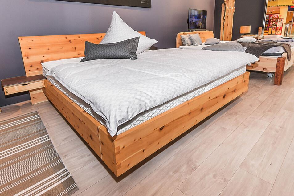 Massivholzbetten, Naturlatexmatratzen und metallfreie Lattenroste gehören zum Sortiment von HEBER Schlafkultur.