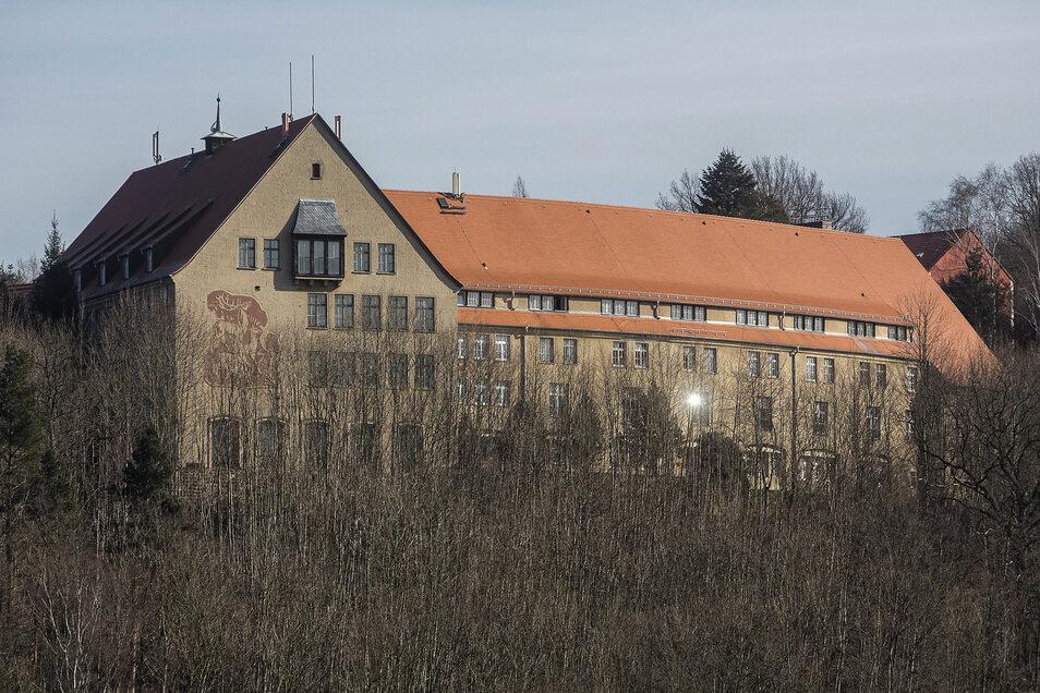 Das Wohnheim auf der Weißiger Höhe steht bald ohne Studenten da.