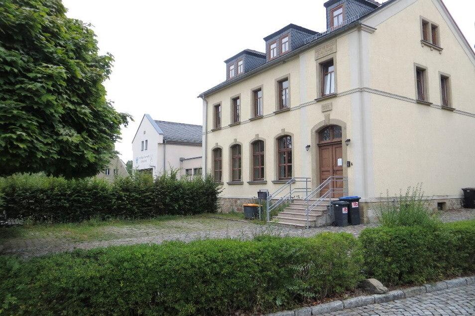 Das Dorfgemeinschaftshaus Helbigsdorf bekommt einen barrierefreien Zugang.