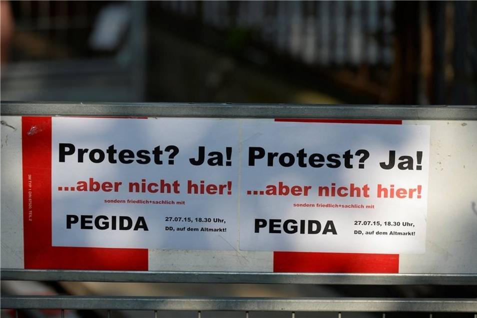 Das Pegida-Bündnis um Lutz Bachmann rief seine Anhänger dazu auf, der NPD-Kundgebung fernzubleiben.