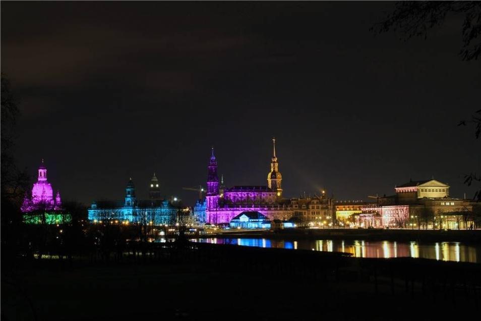 Die Silhouette der historischen Altstadt ...