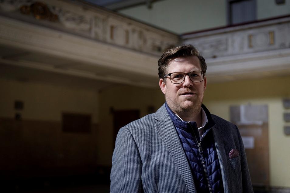 Führt an diesem Freitag und Sonnabend durch die Görlitzer Stadthalle: Benedikt Hummel, Geschäftsführer des Görlitzer Kulturservices.
