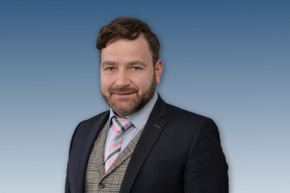 Markus Oeser ist promovierter Bauingenieur und seit 2011 Universitätsprofessor am Institut für Straßenwesen der RWTH Aachen. Der 47-Jährige stammt aus dem sächsischen Werdau.