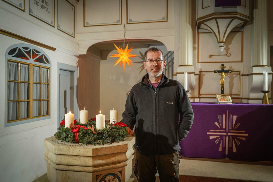 Auch Pfarrer Joachim Rasch aus Großdrebnitz hat ein solches Weihnachtsfest, wie es in diesem Jahr bevorsteht, noch nicht erlebt. Für seine Gemeinde hat er am Heiligen Abend 25 Gottesdienste geplant.