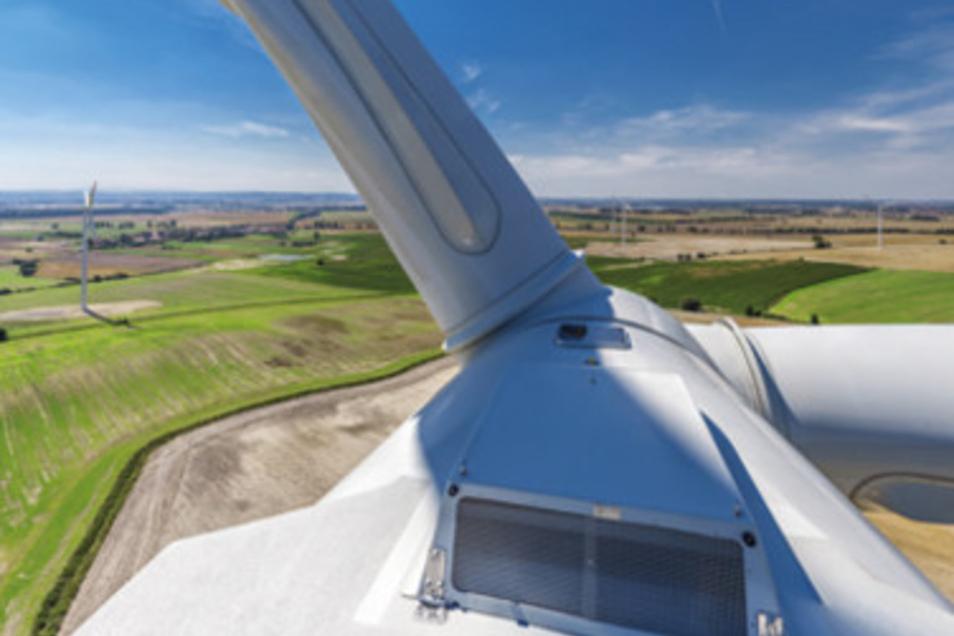 Die Windräder des Dresdner Projektentwicklers VSB in Taczalin liefern grünen Strom für das gesamte Daimler-Werk im polnischen Jawor.