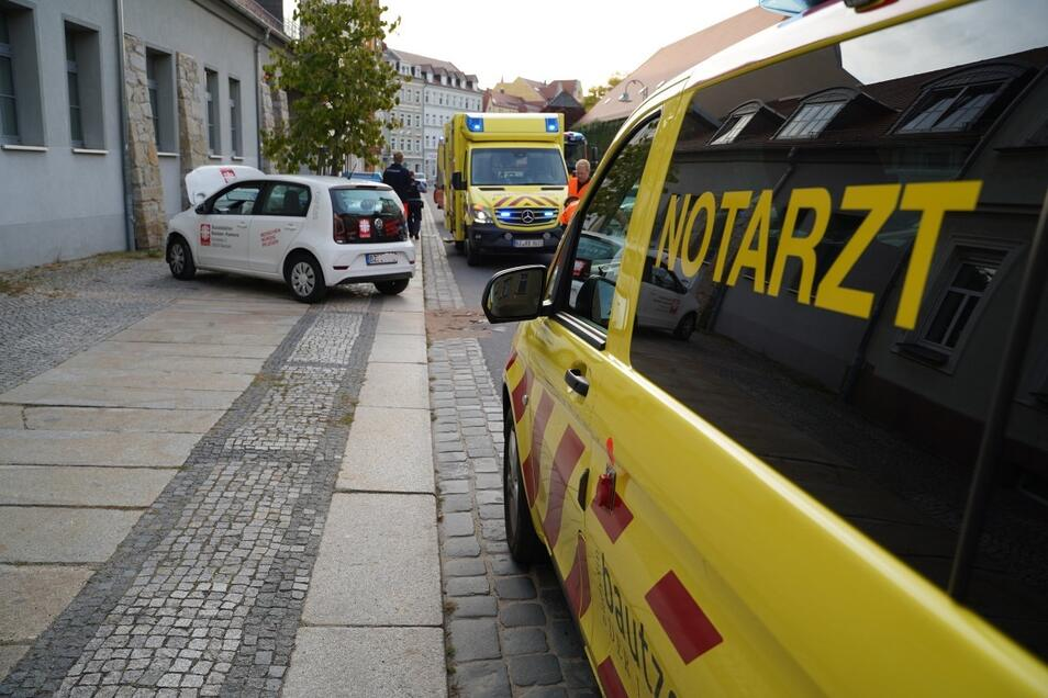 Bei einem Unfall auf der Bautzener Töpferstraße wurde eine 44-Jährige am Mittwochmorgen schwer verletzt.