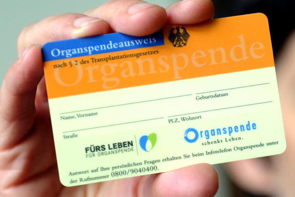 Wer hat schon einen Organspendeausweis?