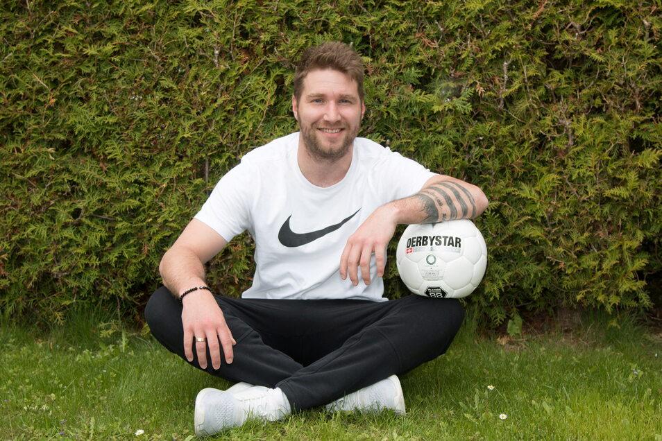 Christoph Jackisch nimmt das Abenteuer Regionalliga in Angriff. Nach zehn Jahren beim FC Grimma wechselte er zum FC Eilenburg, der die Möglichkeit zum Aufstieg in die vierthöchste deutsche Spielklasse nutzte.