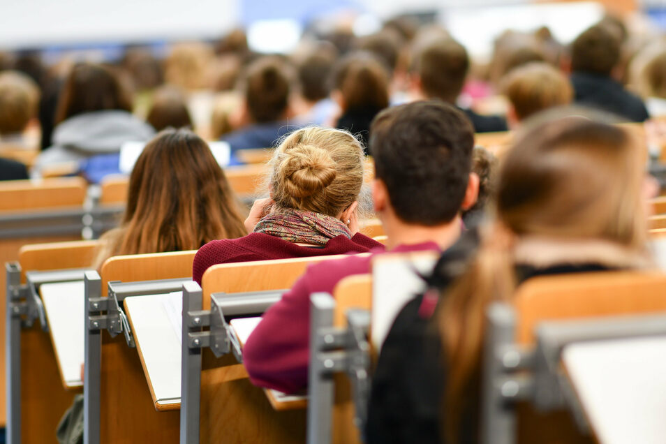 Weniger Studenten, mehr Durchfaller - das ist die Entwicklung in Sachsen.