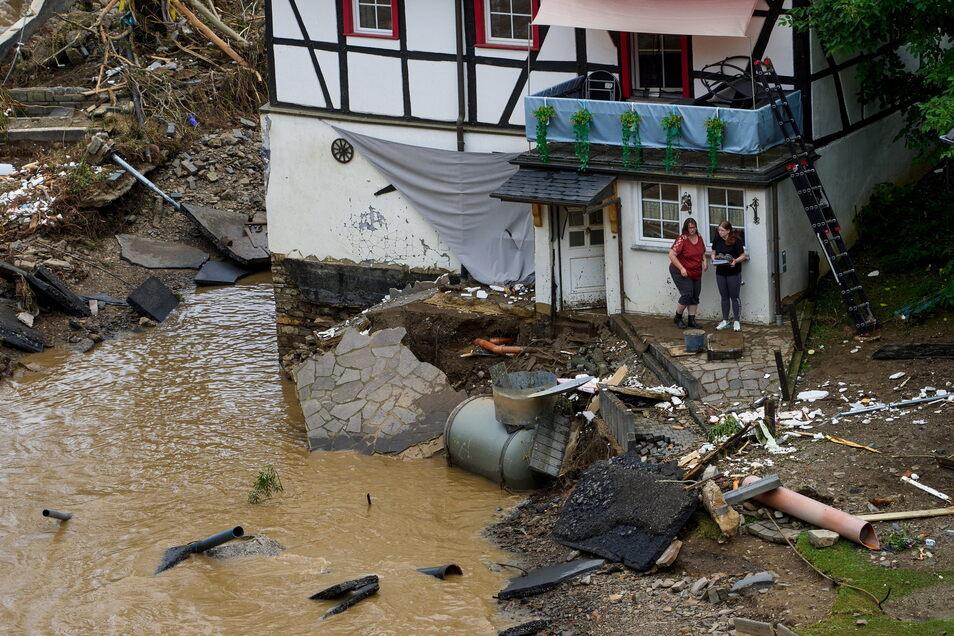 In Rheinland-Pfalz machen die Menschen das durch, was die Freitaler vor 19 Jahren erlebten.