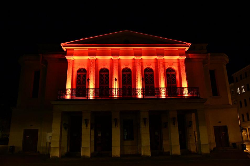 Von außen schick, von innen nur teilweise: Das Görlitzer Theater.