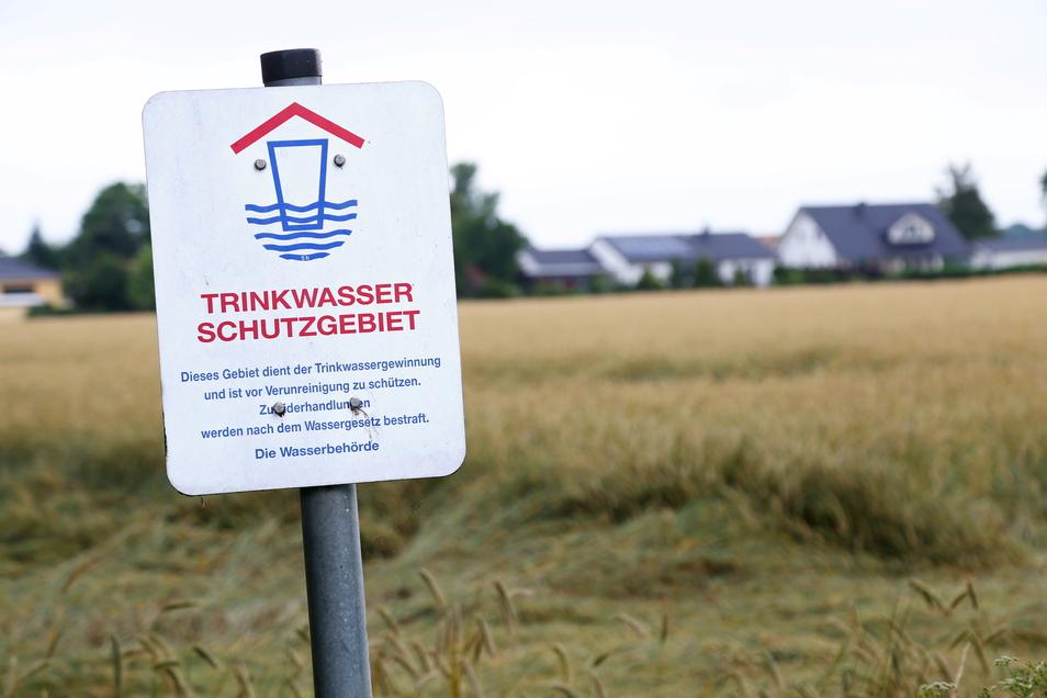 Glyphosat im Trinkwasserschutzgebiet? Das Ausbringen des Unkrautvernichtungsmittels in solchen Schutzgebieten ist erst seit Kurzem verboten.