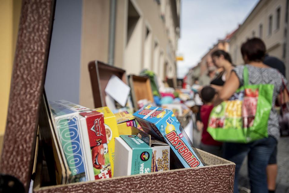 Bücher, Spiele und Kindersachen aus zweiter Hand werden jetzt wieder auf Flohmärkten verkauft. In Bannewitz macht Possendorf den Anfang.