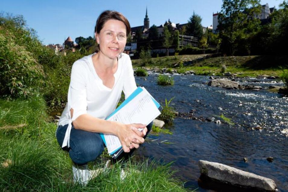 Birgit Holfeld hat bei der Landestalsperrenverwaltung den Umbau der Spree in Bautzen geleitet. Für das Projekt gab's jetzt einen Preis.