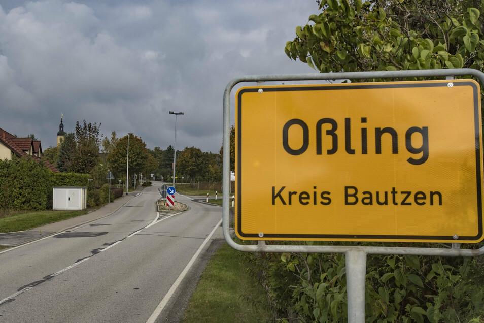 In der Gemeinde Oßling wird am 2. August ein neuer Bürgermeister gewählt. Zwei Kandidaten bewerben sich um das Amt.