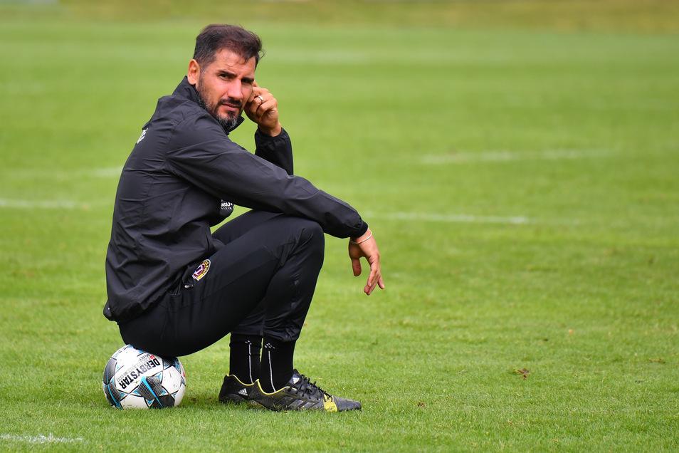 Der Fußball ist seine Leidenschaft, drüber geht nur die Familie. Den Ehering trägt Cristian Fiel auch auf dem Fußballplatz – und am rechten Handgelenk ein Band von seiner Tochter.