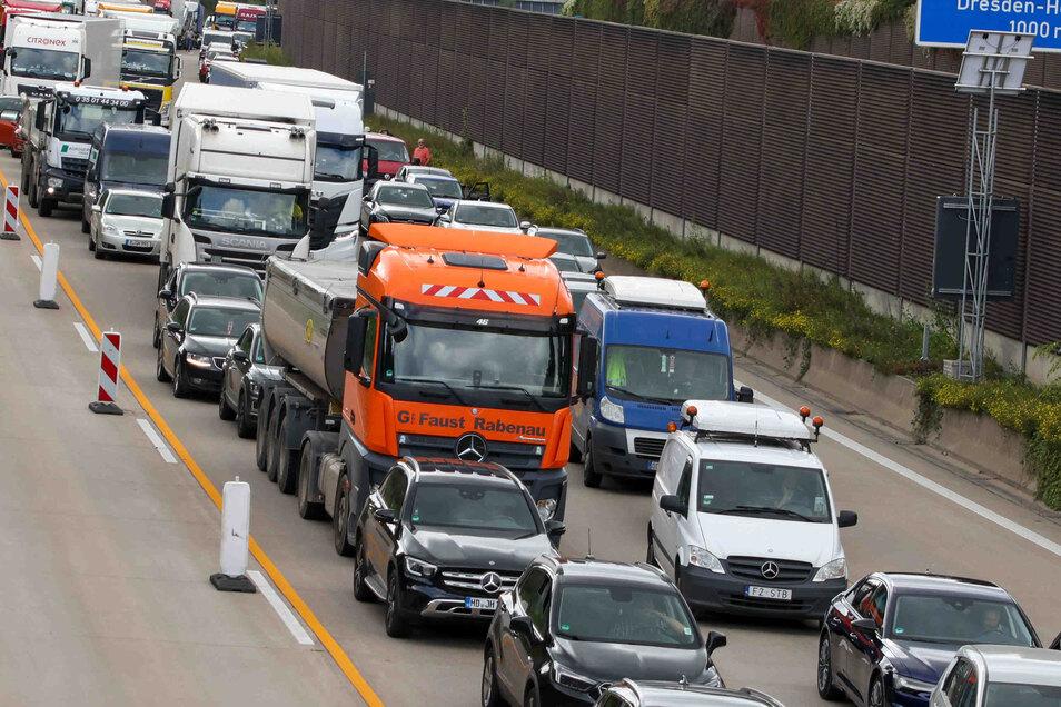 Auf der Autobahn staute es sich in Richtung Chemnitz.